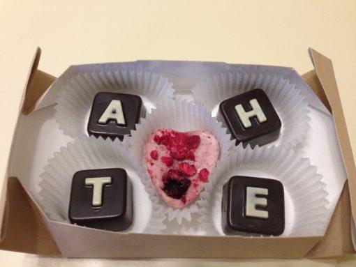 шоколадное послание тане