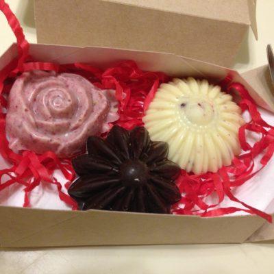 набор шоколадных цветов