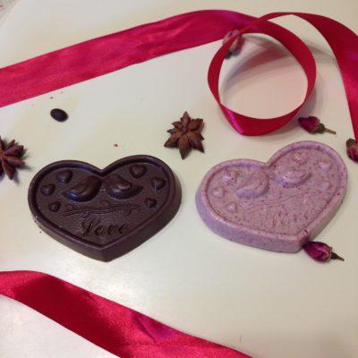 шоколадная фигурка сердце с птичками