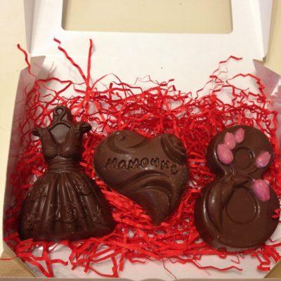 Подарочный набор фигурок на 8 марта для мамы