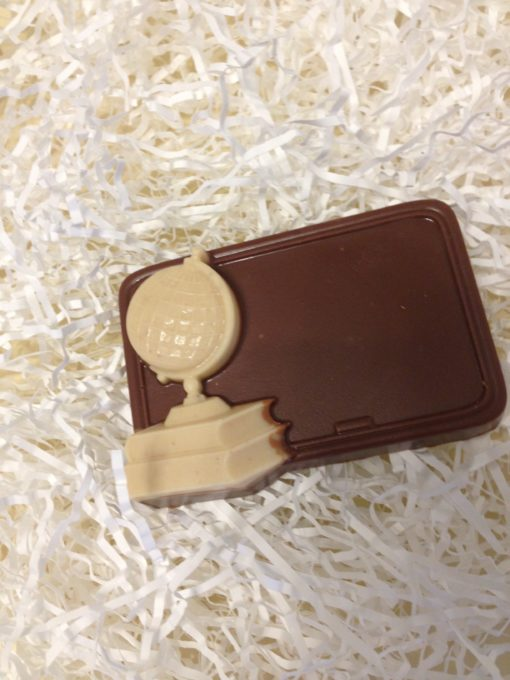 Шоколадная фигурка Доска с глобусом